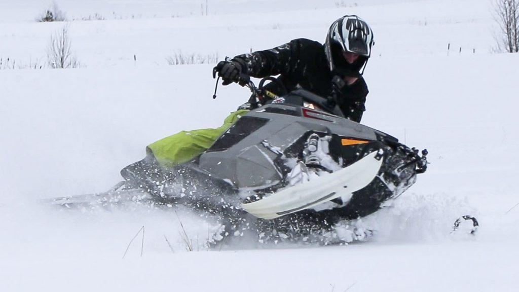 Rickard på snöskotern